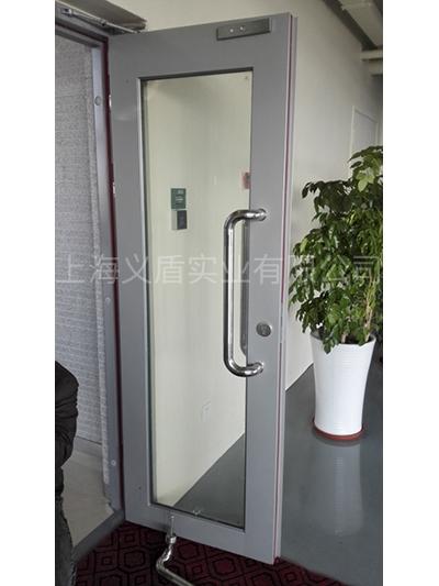 钢质大玻璃门